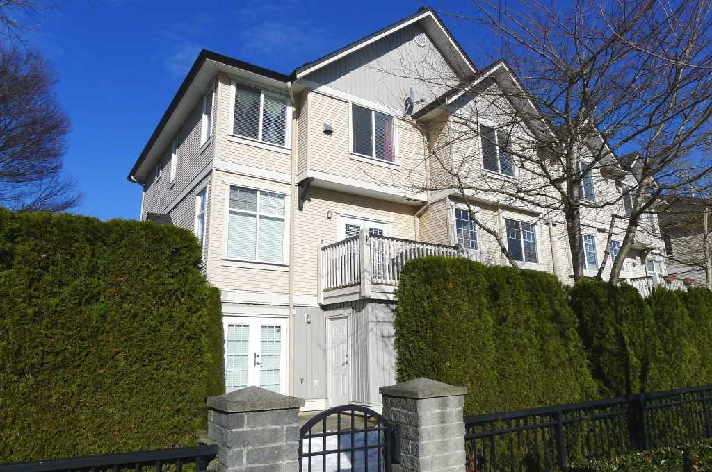 avalon wood surrey townhomes (1)